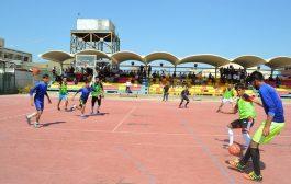 كلية العلوم تقيم بطولة خماسي الكرة